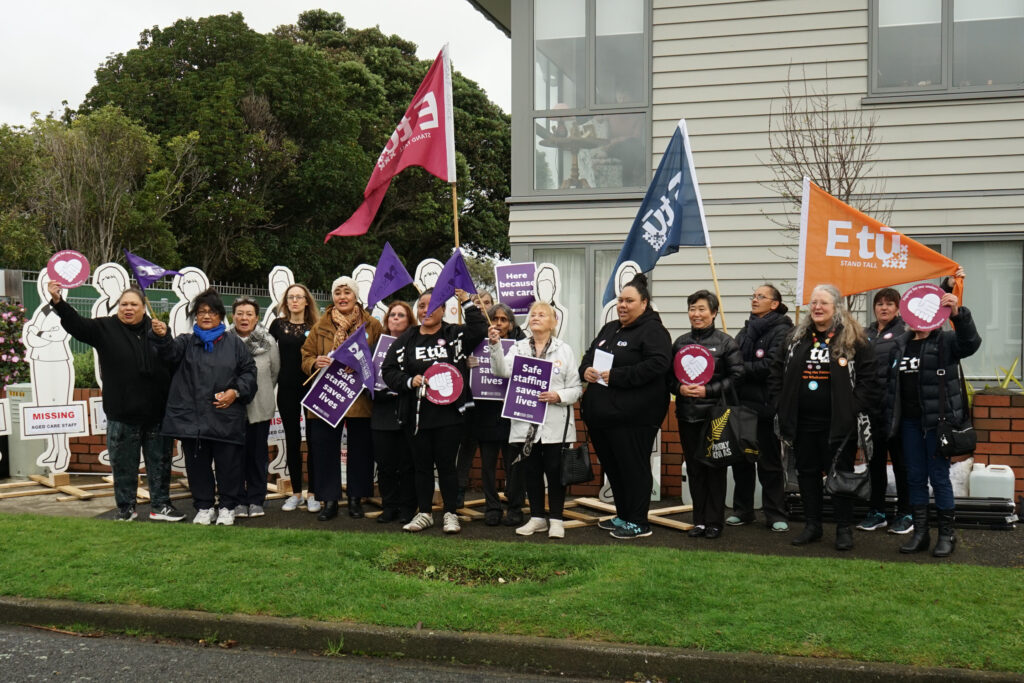 Fight for #safestaffingnow continues around the country – E tū